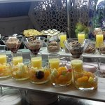 Buffet dessert en verrines chaque jour avec des choix différents jusqu'à la fin du service
