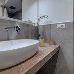 bagno a doccia con cromo terapy