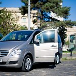 Mercedes Benz Viano, 6+ 1 seats (exterior view)