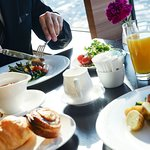 Breakfast at Dining & Bar Ovest. For the guests staying on the 22 ‒ 24 floor only.
