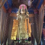 現代的な仏像