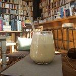 ภาพถ่ายของ Little Tree Books & Coffee