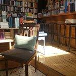 Little Tree Books & Coffee ภาพ