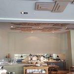صورة فوتوغرافية لـ Tozi Restaurant & Bar