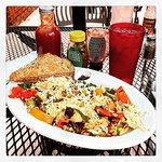 Zdjęcie State Grill and Cafe