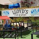Lloyd's Chippy Foto