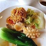 Golden Phoenix Hall Cantonese Cuisine照片