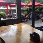 ภาพถ่ายของ Wave Cafe and Courtyard