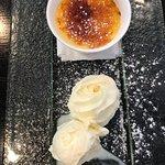 Dessert Caramel Broulee with Ice Cream