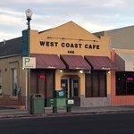 صورة فوتوغرافية لـ West Coast Cafe