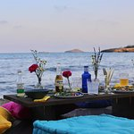 Want a picnic on the beach? Then let us do all the preparation and bring it to you at a beach of your choice.