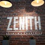 Photo de Zenith Brunch & Cocktails - Porto