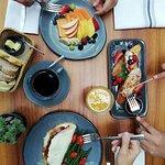 Hora del Desayuno  / Breakfast Time