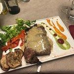 Foto de MaMa Steakhouse