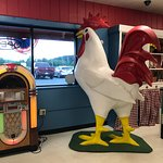 Chicken and Juke Box at Daisy's Diner at Cooter's Luray