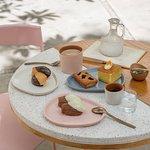 ENDLESS COFFEE AND TEA CLUB  Lunes a sábado de 4:00 pm a 8:00 pm en Te Extraño, Extraño