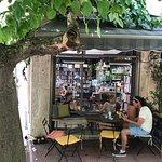 Little Tree Books & Coffee รูปภาพ