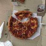 ภาพถ่ายของ Domino's Pizza