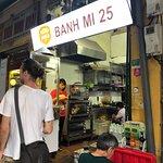 صورة فوتوغرافية لـ Banh Mi 25