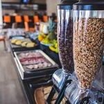 Cereales, avena, Granola en tu desayuno Buffet!