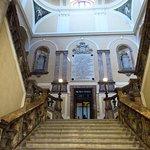 lo scalone di accesso al museo civico