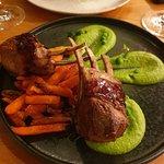 ภาพถ่ายของ Zinfandel Food & Wine Bar
