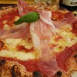 ภาพถ่ายของ Livio Pizzeria Napoletana