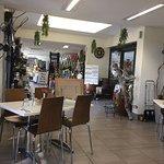 The Log Press Cafe照片