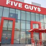 ภาพถ่ายของ Five Guys