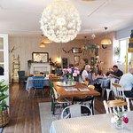 Zdjęcie The Hideaway Cafe