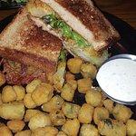 BLEU Restaurant & Bar照片