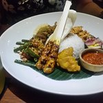 Canang Kitchen & Bar照片