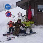 Kids snowboard lessons start from 5 years old!
