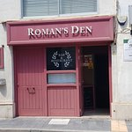 Zdjęcie Roman's Den Restaurant