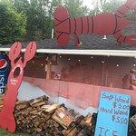 صورة فوتوغرافية لـ Rose Eden Lobster