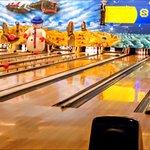 Bowling-Center Rock 'n' Bowl