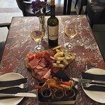 ภาพถ่ายของ By The Glass wine bar & bistrot