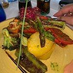 صورة فوتوغرافية لـ Blue Sapphire restaurant & lounge