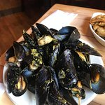 Basil and Garlic Mussels