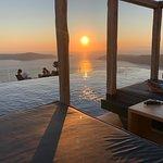 Photo de Le Moustache Caldera Pool Lounge & Restaurant