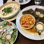 Fishbone Bar & Grill照片
