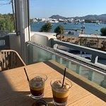 Foto de Deck Coffee-Brunch-Cocktail