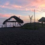 Photo de The Driftwood Surfer Restaurant, El Paredon, Guatemala