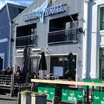 The Thirsty Whale Restaurant and Bar照片