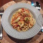 O espaguete com camarão, um dos pratos solicitado.