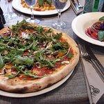 Pizza & Salat