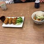 ภาพถ่ายของ ร้านอาหาร ออนเดอะเทเบิลโตเกียวคาเฟ่