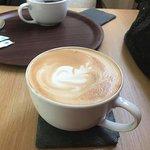 ภาพถ่ายของ Crystals and Coffee Shop