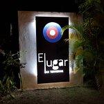 ภาพถ่ายของ El Lugar