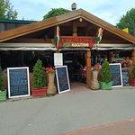 Zdjęcie Restauracja i Lodziarnia Pod Kogutami